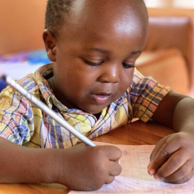 Patenschaftsprogramm für die Kinder des Gily's Daycare and Learning Centers